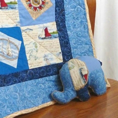 בובת פיל בנושא ים